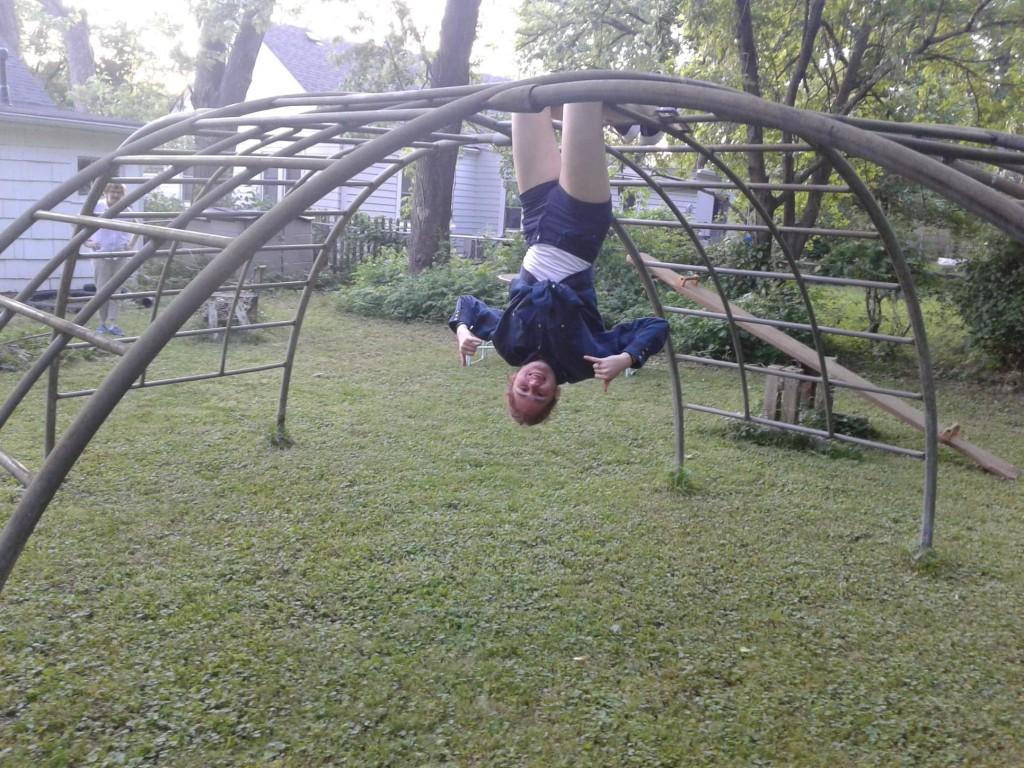 05 hanging around